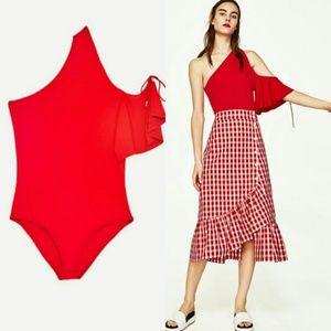 NWT Zara Asymmetric Cold Shoulder Bodysuit